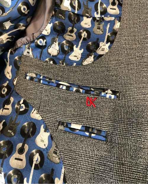 ユノのスーツ